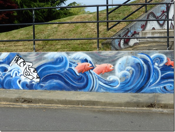 Mural under the Courtenay Bridge