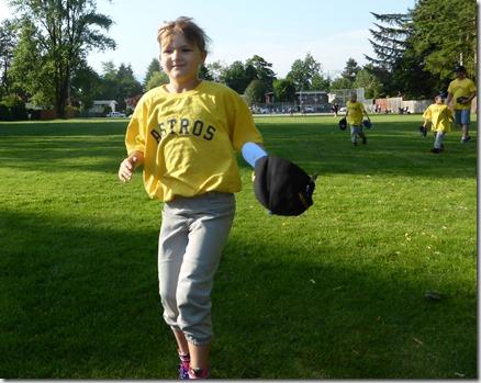 Baseball Emma - Guenette photo
